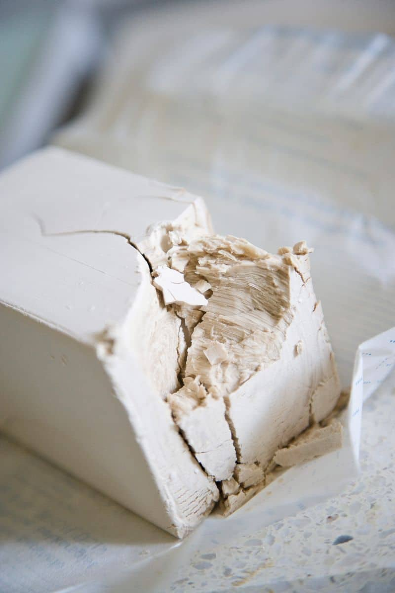 Frischhefeblock angebrochen